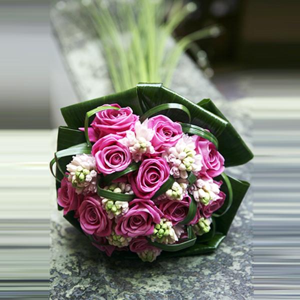 rose brides bouquet