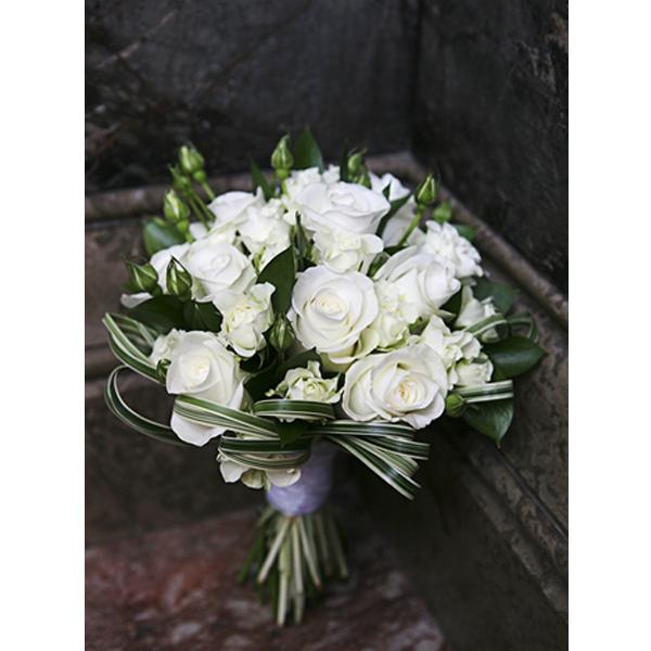 white rose brides bouquet