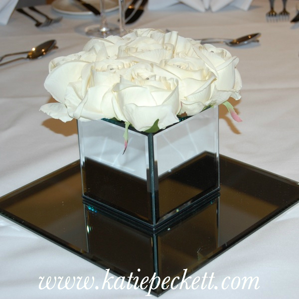 Mirrored Square Vase Wedding Table Centerpiece With Silk Roses To