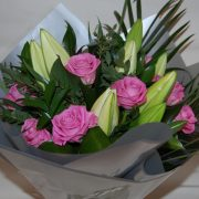 roses lily bouquet online