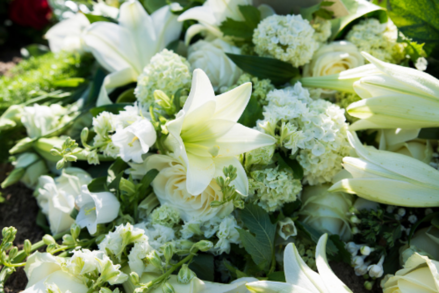 Celebrate the Life of your Loved One with Personalised Funeral Flowers